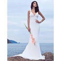 Trumpet/Mermaid Plus Sizes Wedding Dress - Ivory Sweep/Brush Train V-neck Chiffon