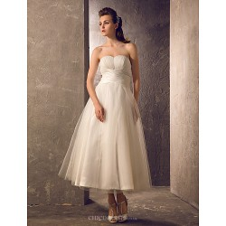 A-line Plus Sizes Wedding Dress - Ivory Tea-length Strapless Tulle/Taffeta