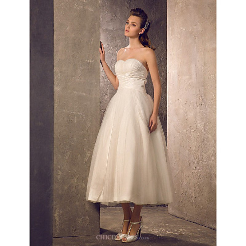 A line plus sizes wedding dress ivory tea length for Plus size wedding dresses uk