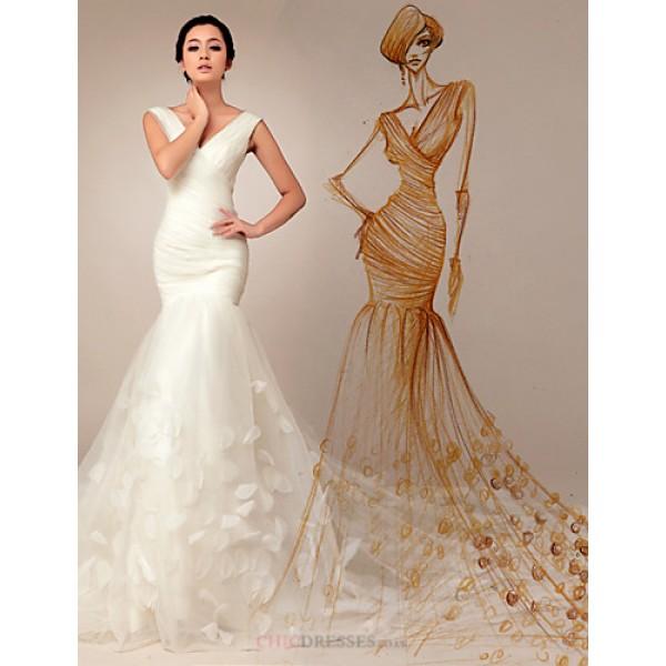 Trumpet/Mermaid Wedding Dress - Ivory Court Train V-neck Organza Wedding Dresses