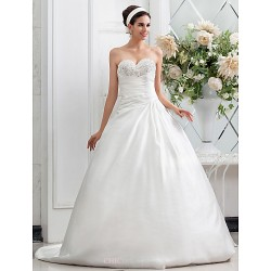 A-line/Princess Plus Sizes Wedding Dress - Ivory Chapel Train Sweetheart Satin