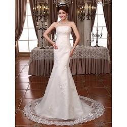 Trumpet/Mermaid Court Train Wedding Dress -Strapless Lace