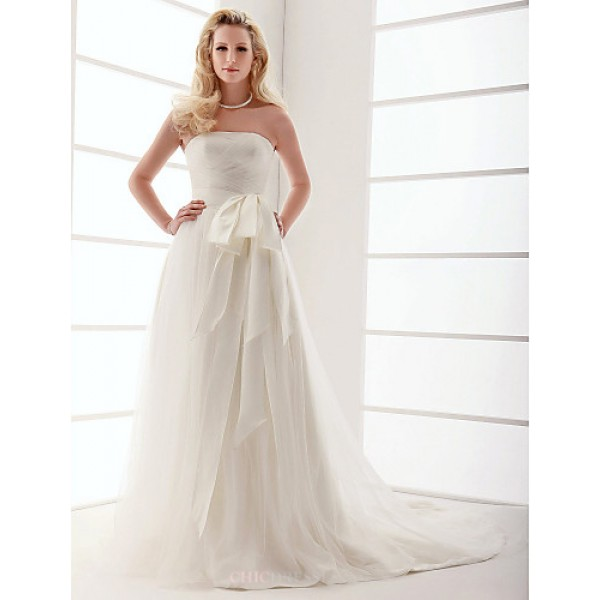 A-line/Princess Plus Sizes Wedding Dress - Ivory Sweep/Brush Train Strapless Tulle Wedding Dresses
