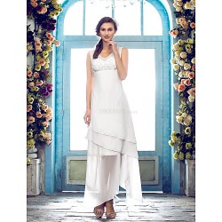 Sheath/Column Plus Sizes Wedding Dress - Ivory Asymmetrical V-neck Chiffon