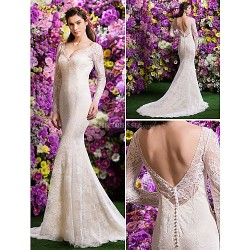 Trumpet/Mermaid Wedding Dress - Ivory Court Train V-neck Lace