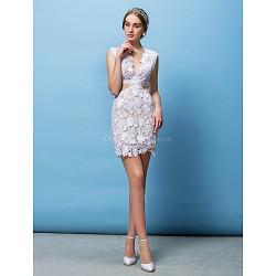 Sheath/Column Wedding Dress - White Short/Mini V-neck Lace
