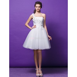 Ball Gown Wedding Dress Ivory Knee Length One Shoulder Tulle