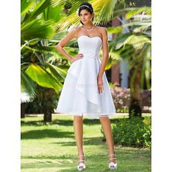 A Line Princess Plus Sizes Wedding Dress White Knee Length Sweetheart Satin Tulle