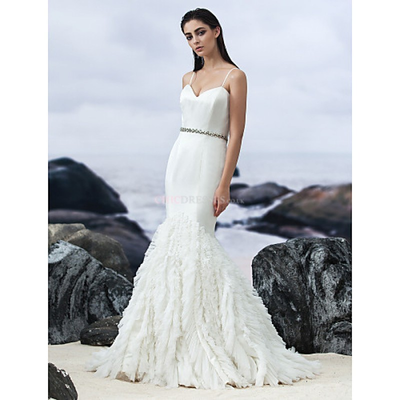Fit flare court train wedding dress sweetheart for Satin fit and flare wedding dress