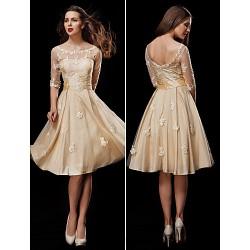 A-line Petite / Plus Sizes Wedding Dress - Champagne Knee-length Scoop Taffeta / Tulle