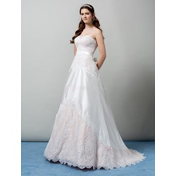 A Line Strapless Sweep Brush Train Wedding Dress (Lace)