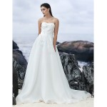 A-line Chapel Train Wedding Dress - Strapless Organza Wedding Dresses