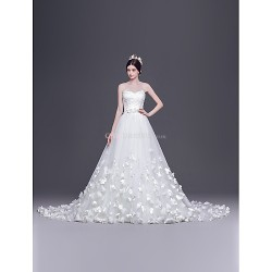 A Line,Princess Court Train Wedding Dress Sweetheart Tulle