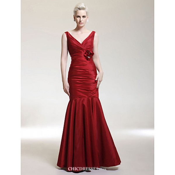 TS Couture Military Ball / Formal Evening / Wedding Party Dress - Burgundy Plus Sizes / Petite Trumpet/Mermaid V-neck / Straps Floor-length Taffeta Bridesmaid Dresses