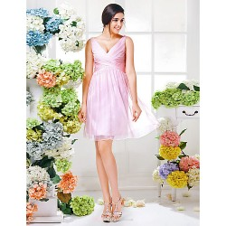 Knee-length Chiffon Bridesmaid Dress - Blushing Pink Plus Sizes / Petite A-line V-neck