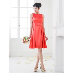 Knee-length Stretch Satin Bridesmaid Dress - Watermelon Plus Sizes / Petite A-line / Princess Square