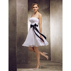 Knee-length Chiffon Bridesmaid Dress - White Plus Sizes / Petite A-line Strapless