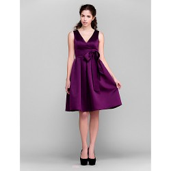 Knee-length Satin Bridesmaid Dress - Grape Plus Sizes / Petite A-line / Princess V-neck