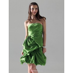 Knee-length Satin Bridesmaid Dress - Clover Plus Sizes / Petite Princess / A-line Strapless