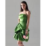 Knee-length Satin Bridesmaid Dress - Clover Plus Sizes / Petite Princess / A-line Strapless Bridesmaid Dresses