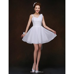 Short/Mini Bridesmaid Dress - White Sheath/Column Spaghetti Straps