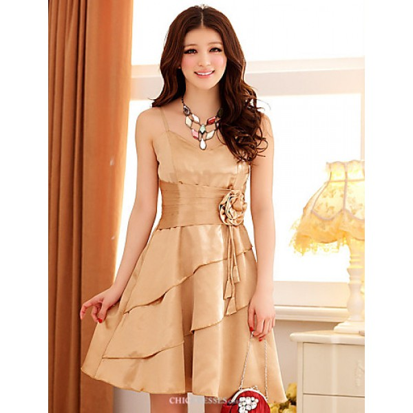 Engagement Party Dress - Lilac / Champagne / Khaki A-line Spaghetti Straps Knee-length Satin Bridesmaid Dresses
