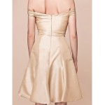 A-line Plus Sizes / Petite Mother of the Bride Dress - Champagne Knee-length Short Sleeve Taffeta Mother Of The Bride Dresses