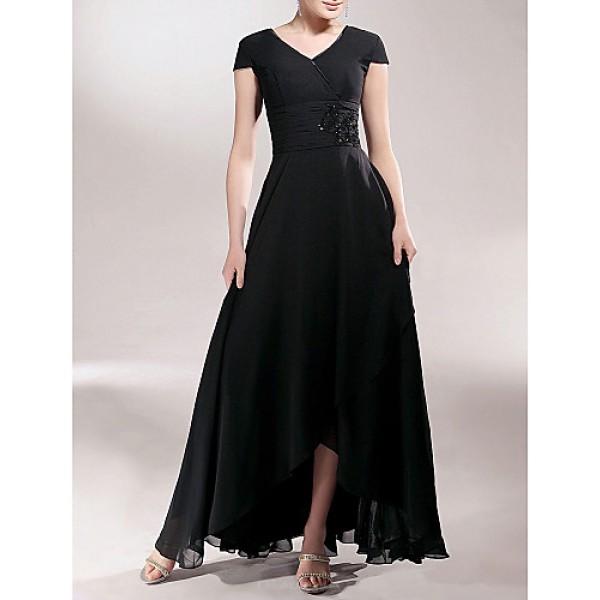 Sheath/Column Plus Sizes / Petite Mother of the Bride Dress - Black Asymmetrical Short Sleeve Chiffon Mother Of The Bride Dresses