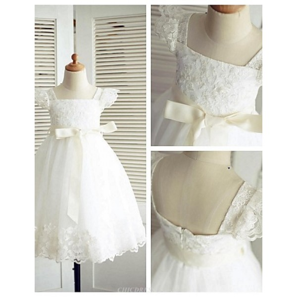 A-line Knee-length Flower Girl Dress - Lace / Tulle Short Sleeve Flower Girl Dresses