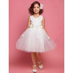 A-line/Princess/Ball Gown Knee-length Flower Girl Dress - Satin/Lace/Organza Sleeveless