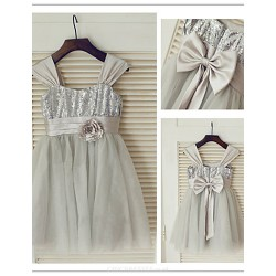 Big Bow And Flower A Line Princess Tulle And Sequined Beautiful Flower Girl Dress