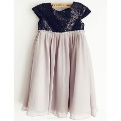 Sheath Knee-length Flower Girl Dress - Chiffon/Sequined Short Sleeve