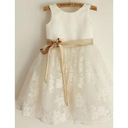 Princess Knee Length Flower Girl Dress Lace Satin Sleeveless