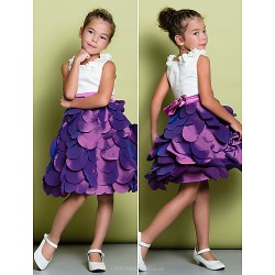 A-line Knee-length Flower Girl Dress - Satin / Taffeta Sleeveless