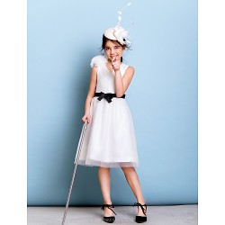 Knee-length Tulle Junior Bridesmaid Dress - Ivory A-line V-neck