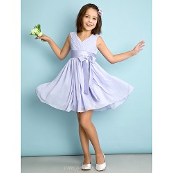 Knee-length Chiffon Junior Bridesmaid Dress - Lavender A-line V-neck