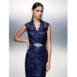TS Couture Prom / Formal Evening Dress - Dark Navy Plus Sizes / Petite Sheath/Column V-neck Floor-length Lace Special Occasion Dresses