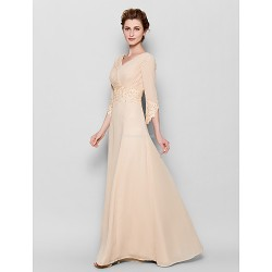 Sheath/Column Plus Sizes / Petite Mother of the Bride Dress - Champagne Floor-length 3/4 Length Sleeve Chiffon