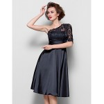 A-line Plus Sizes / Petite Mother of the Bride Dress - Black Knee-length Half Sleeve Lace / Stretch Satin Mother Of The Bride Dresses