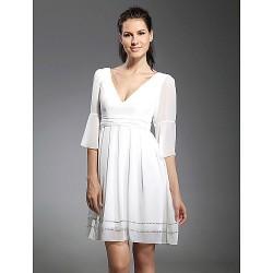 Cocktail Party / Graduation Dress - White Plus Sizes / Petite A-line / Princess V-neck Short/Mini Chiffon