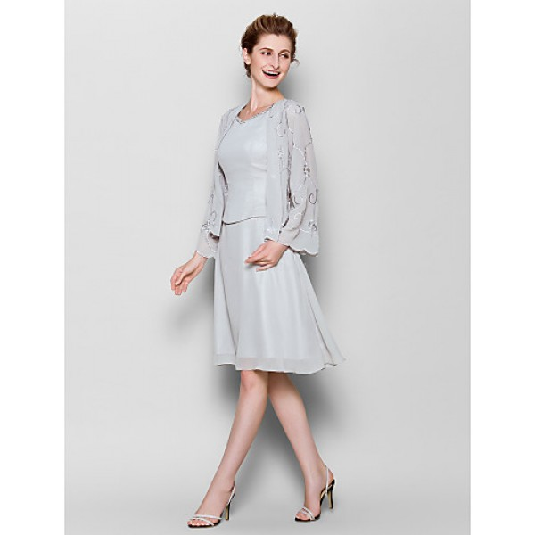 Sheath/Column Plus Sizes / Petite Mother of the Bride Dress - Silver Knee-length Long Sleeve Chiffon Mother Of The Bride Dresses