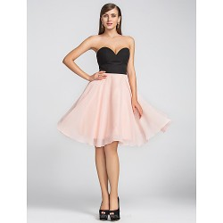 Cocktail Party Wedding Party Dress Multi Color Plus Sizes Petite A Line Sweetheart Knee Length Chiffon