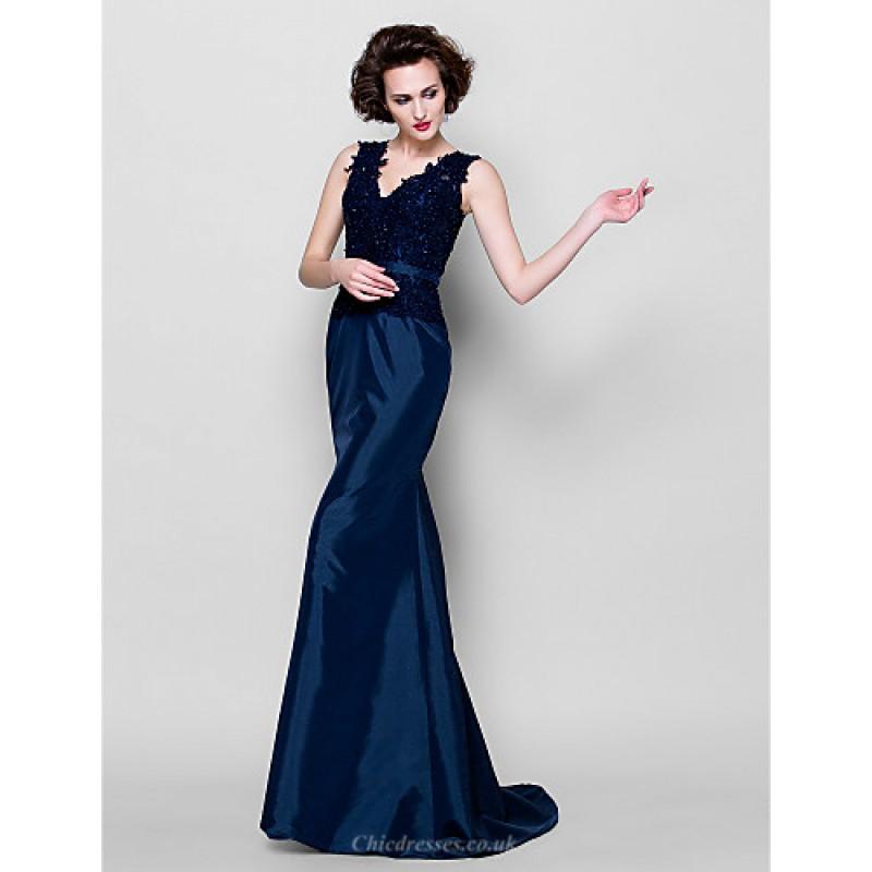 a8b486855d ... Trumpet Mermaid Plus Sizes   Petite Mother of the Bride Dress - Dark  Navy Sweep ...