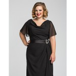 Formal Evening / Prom / Military Ball Dress - Black Plus Sizes / Petite Sheath/Column Cowl Floor-length Chiffon Special Occasion Dresses