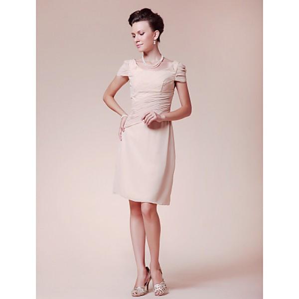 Sheath/Column Plus Sizes / Petite Mother of the Bride Dress - Champagne Knee-length Short Sleeve Chiffon Mother Of The Bride Dresses