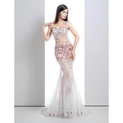 Formal Evening Dress White Petite Trumpet Mermaid V Neck Court Train Lace Tulle