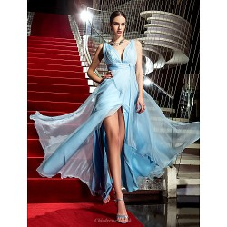 Formal Evening / Military Ball Dress - Sky Blue Plus Sizes / Petite Sheath/Column V-neck Floor-length Chiffon