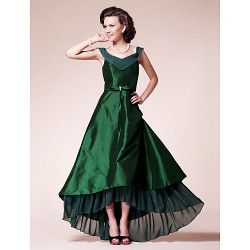A Line Plus Sizes Petite Mother Of The Bride Dress Dark Green Asymmetrical Short Sleeve Chiffon Taffeta