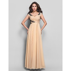 Formal Evening / Military Ball Dress - Champagne Plus Sizes / Petite Sheath/Column V-neck Floor-length Chiffon