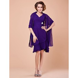 Sheath/Column Plus Sizes / Petite Mother of the Bride Dress - Regency Knee-length Sleeveless Chiffon